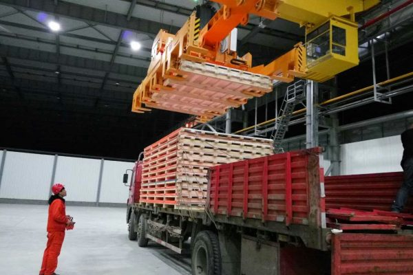 Sheet Stack Lifter for Truck loading /unloading