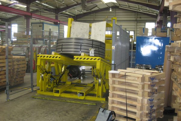 Electromotive Coil Tilting Table