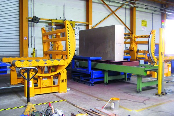 Tilting Table / Upender for Aluminium Blocks