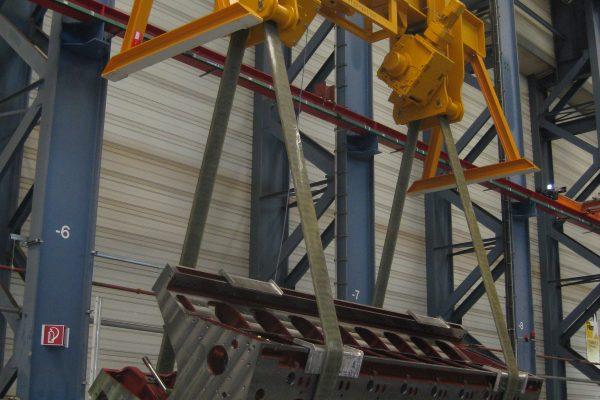 Turning Lifting Beam for Engine Blocks